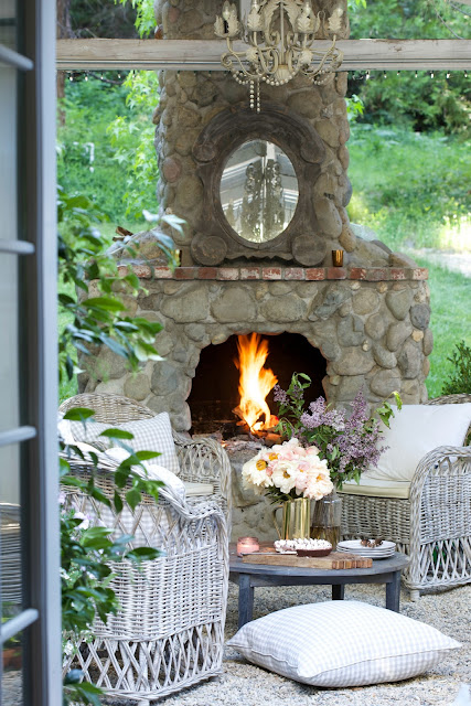 7 tips for entertaining on the patio