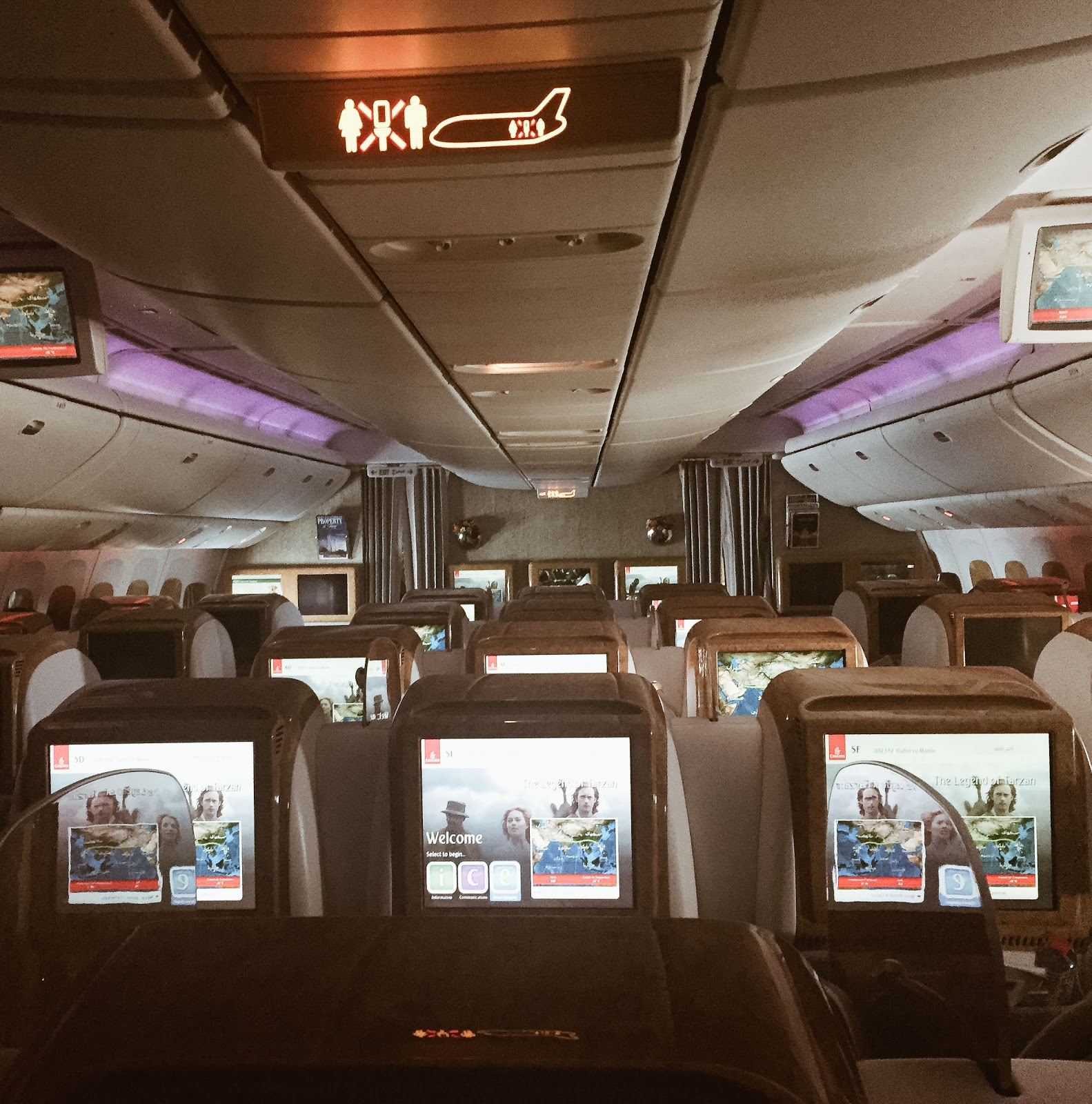 photo of Emirates Airlines Business Class