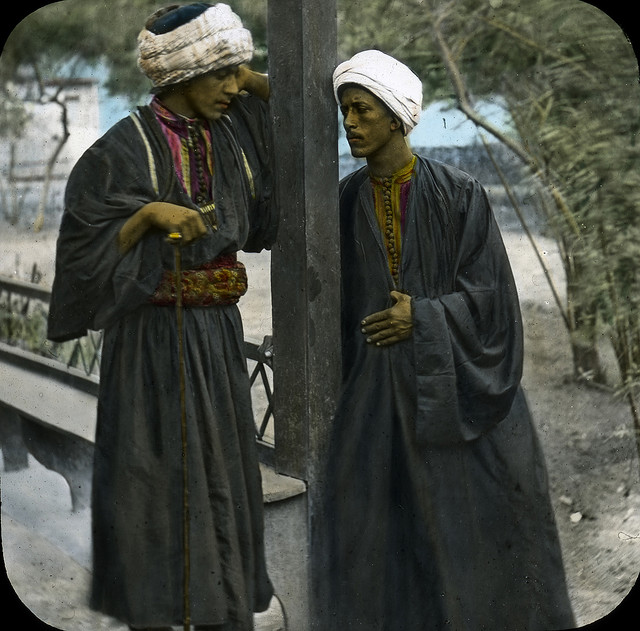 Arab porters, Alexandria, Egypt. Brooklyn Museum Archives.