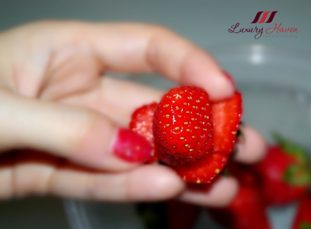 creative food art valentines day strawberry roses