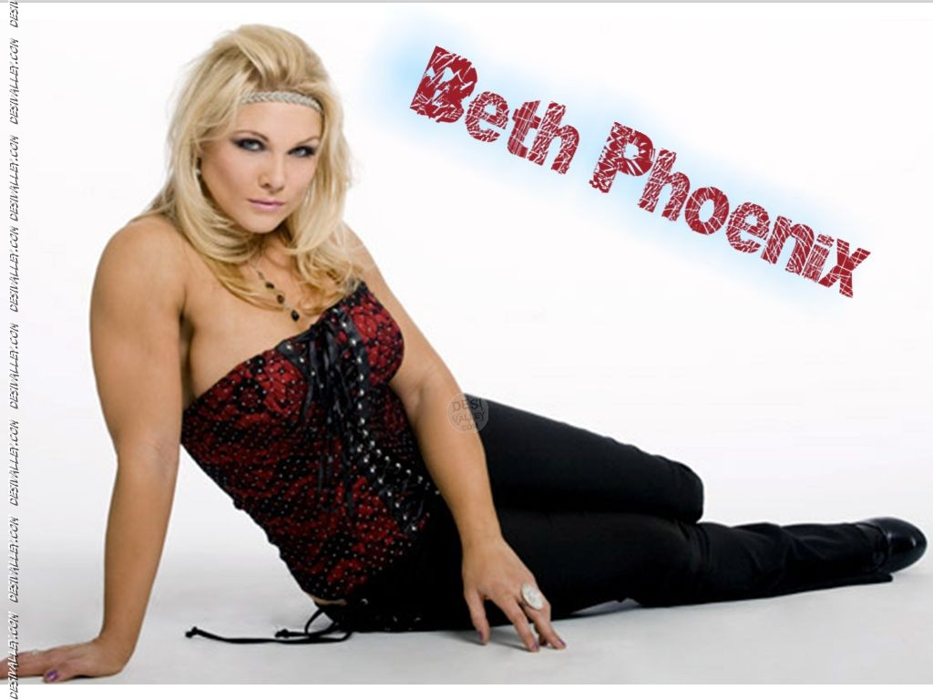 beth phoenix nude photos