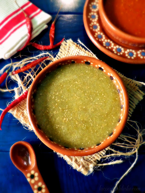 Classic Red and Green Tomatillo Salsas - lacocinadeleslie.com