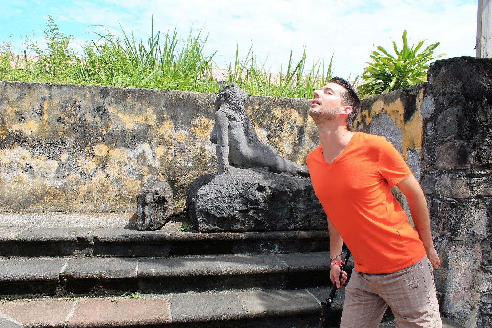 martinique caraibes vacances île dom tom visite saint-pierre statue ruine