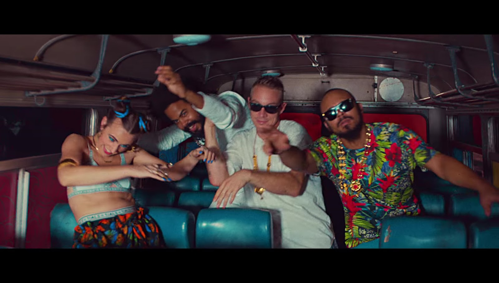 Major Lazer and DJ Snake Lean On feat Mo