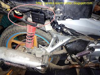 Cara pasang alarm motor remote pada Hoda Blade 125 karbu