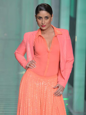 Kareena Kapoor's fashion style is eternal and classic.