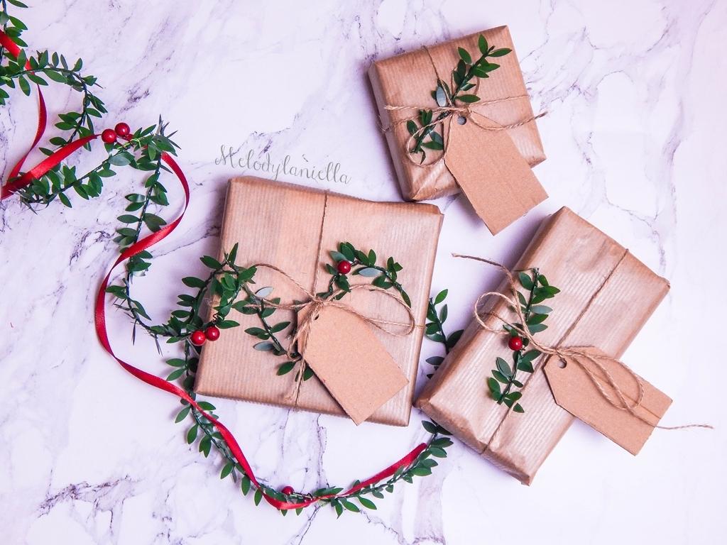 3 jak zapakować prezenty świąteczne w papier pakowy pomysły na pakowanie prezentów jak zapakować pudełko w papier pomysły na papier pakowy trzy sposoby na pakowanie prezentów poradnik tutorial jak pakować