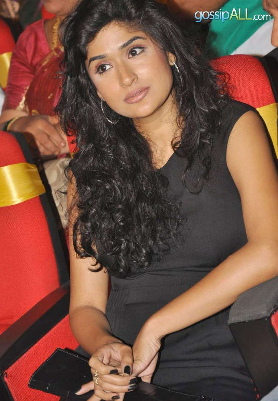 Hot Actress Pics Anjala Zaveri-6707