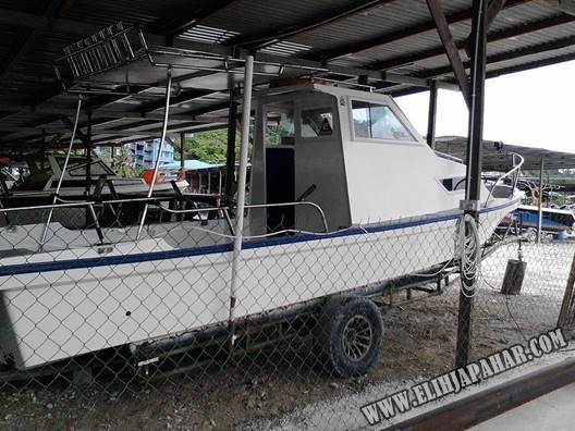 Bot Sewa Memancing Laut Di Kuching, Sarawak