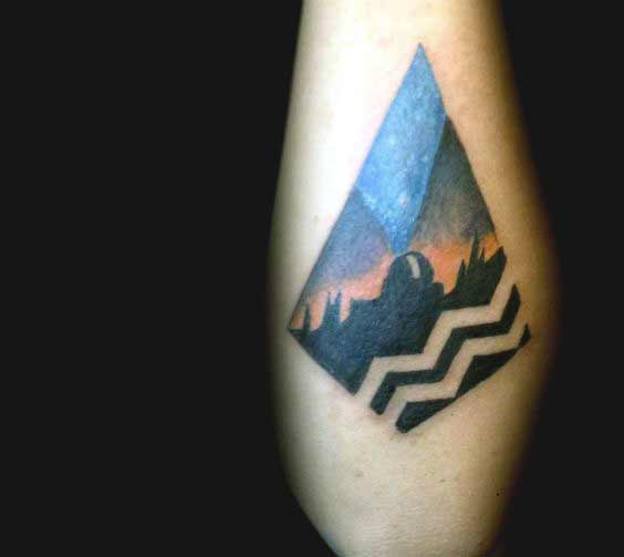 Best Geometric Aquarius tattoo on leg