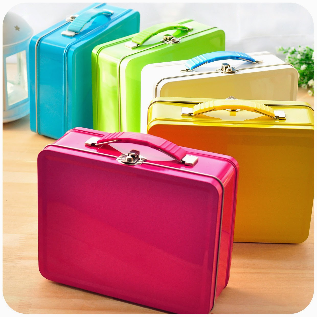 The Amazing Candy Color Portable Tin Box Storage Lock