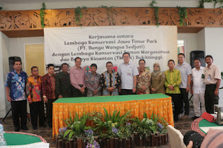 Kebun Binatang Bukittinggi kerjasama dengan Jawa Timur Park