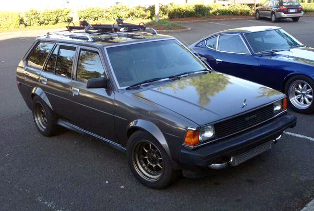 TE27 Toyota Corolla Wagon with a Pontiac Solstice GXP turbo engine