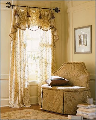 Transparent Royal Curtain Design