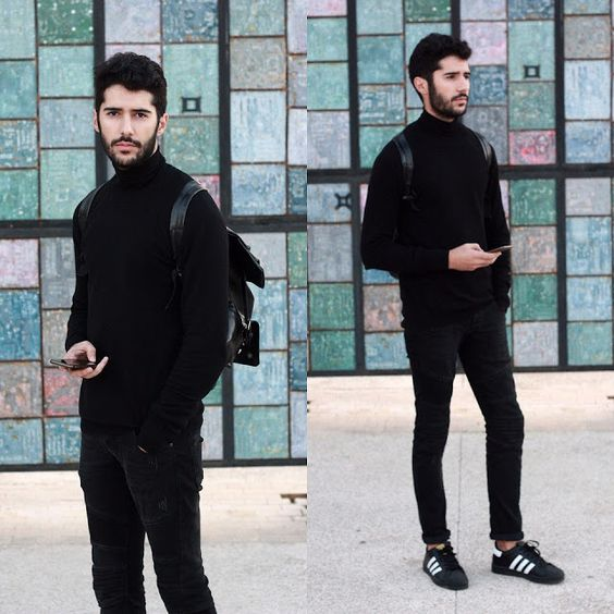 Look masculino all black preto, com tênis Adidas preto