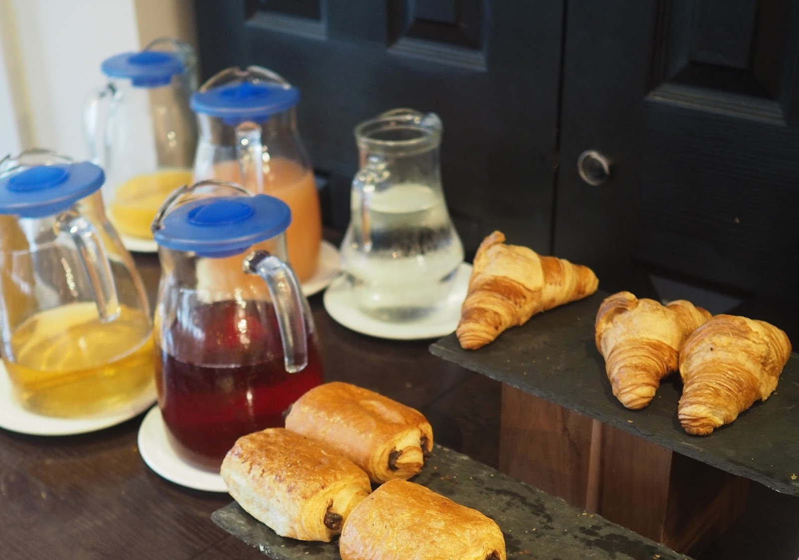 York Hotel, MonkBar Hotel breakfast