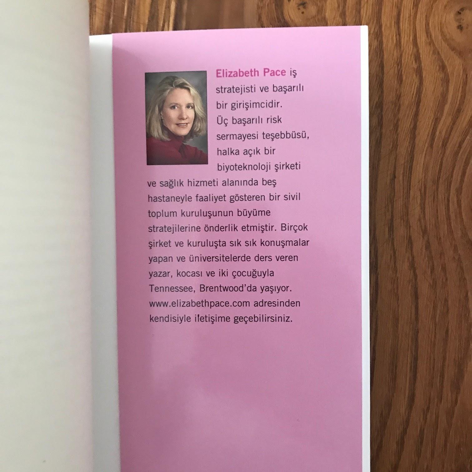 Alisveriste Kadin Erkek - Kadinlarin ve Erkeklerin Satin Alma Yaklasimlarini Bilerek Satislarinizi Artirin (Kitap)