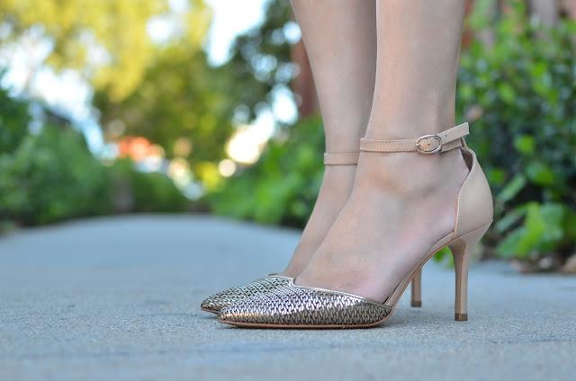 Enzo Angiolini gold metallic heels