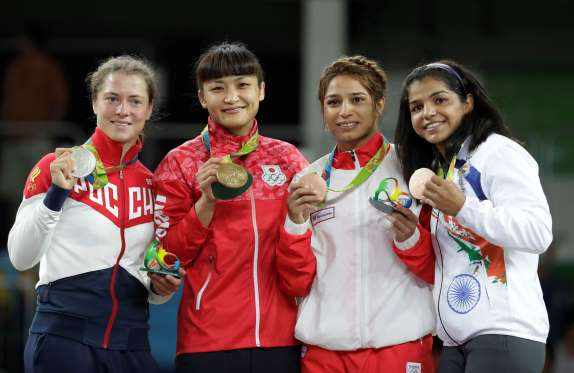 Wrestler Sakshi Malik wins India's First Medal