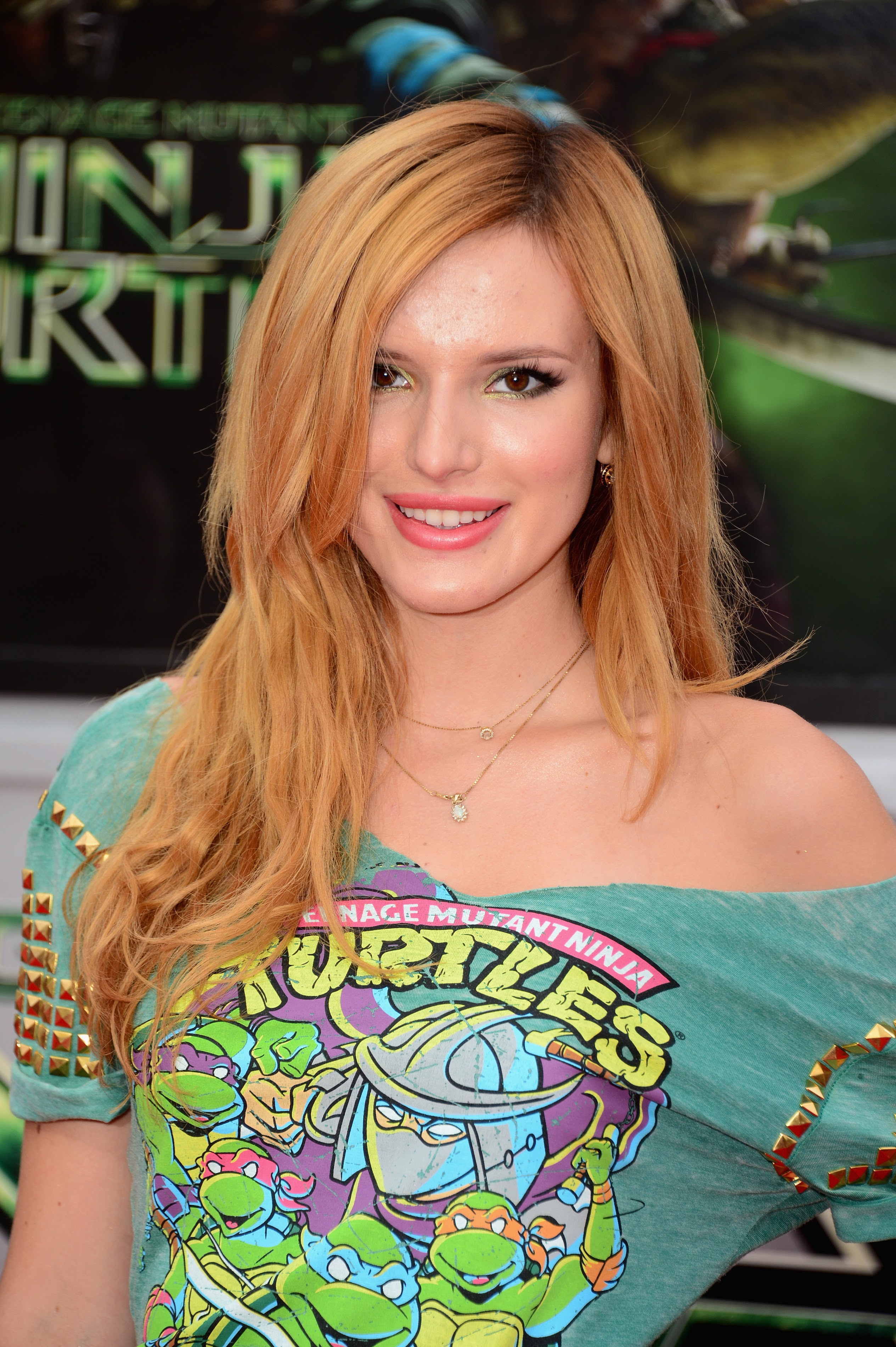 Bella Thorne pictures gallery (171) | Film Actresses