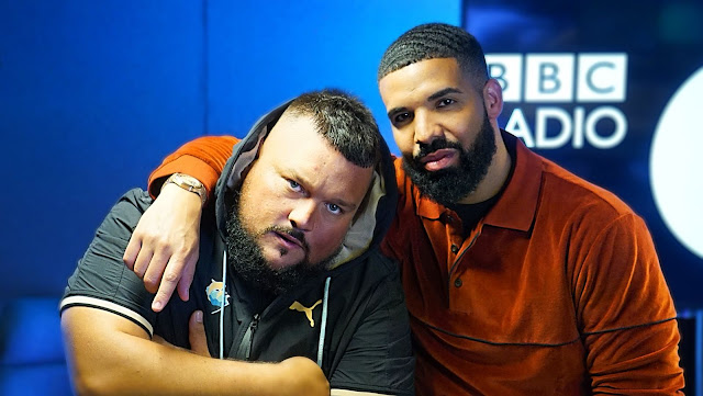 DRAKE - FIRE IN THE BOOTH [VIDEO]