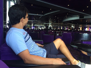 Curtindo o lounge do cruzeiro Msc Magnifica