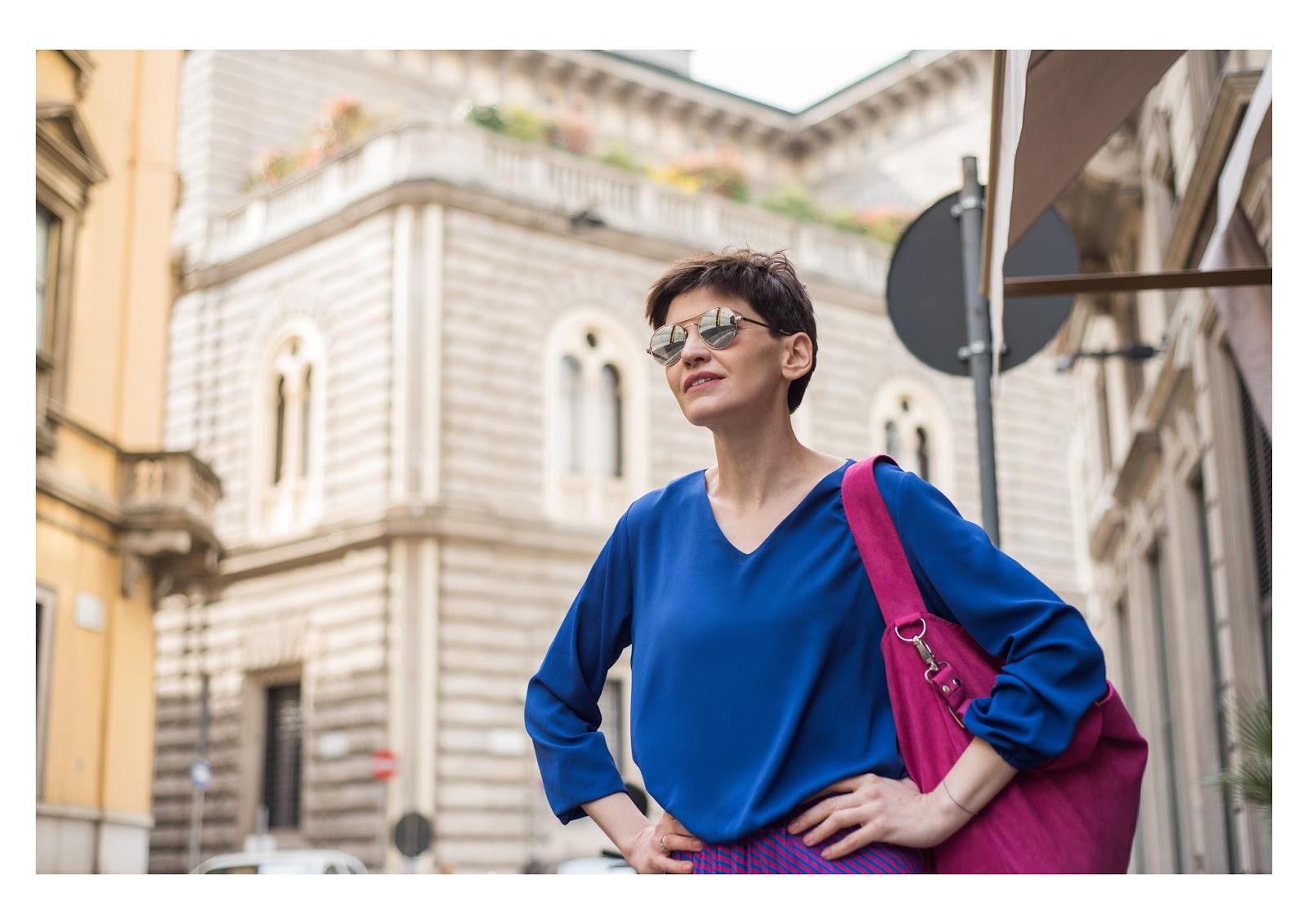 maxi spódnica, plisowana spódnica, maxi, kolorowa stylizacja, kolorowa torebka, blogerka, stylistka poznań, mediolan, milano fashion, shopper bag, denim, kurtka, denim jacket,