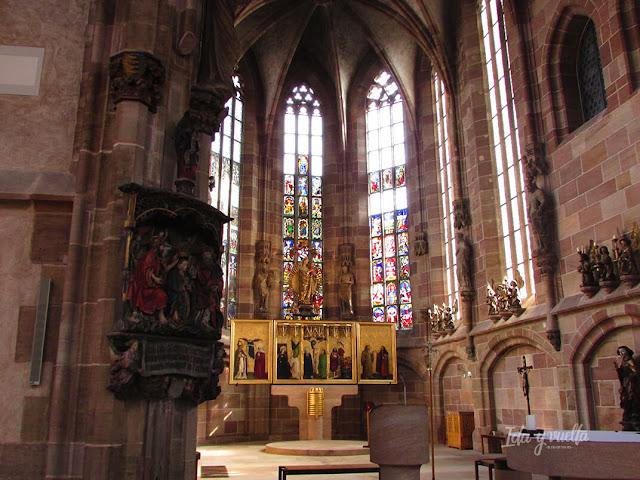 Interior de San Sebaldo