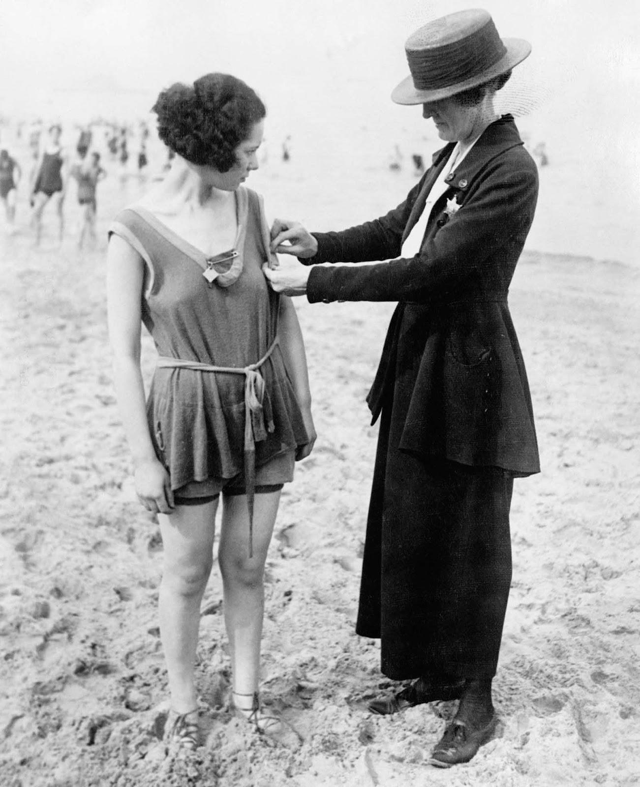 Nude Girls Of Beach