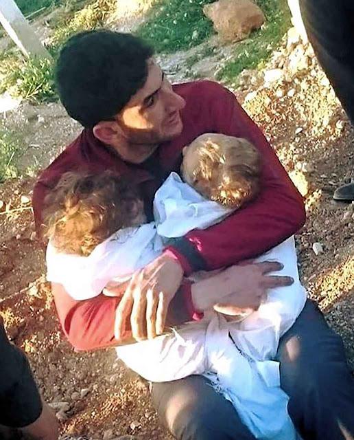 Pai vai enterrar seus dois filhos mortos pelo ataque assassino