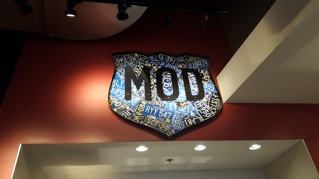Online ordering at MOD Pizza {and a $25 giveaway!}