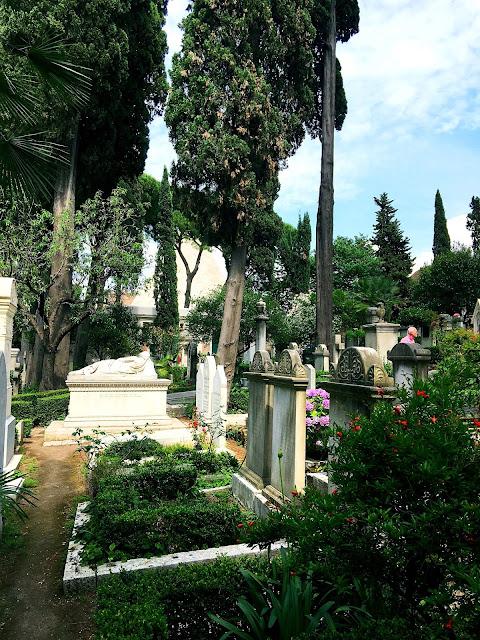 cemetery-testaccio-rome
