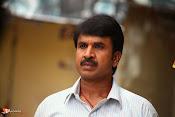 Jayammu NischayammuRaa Movie Stills-thumbnail-8