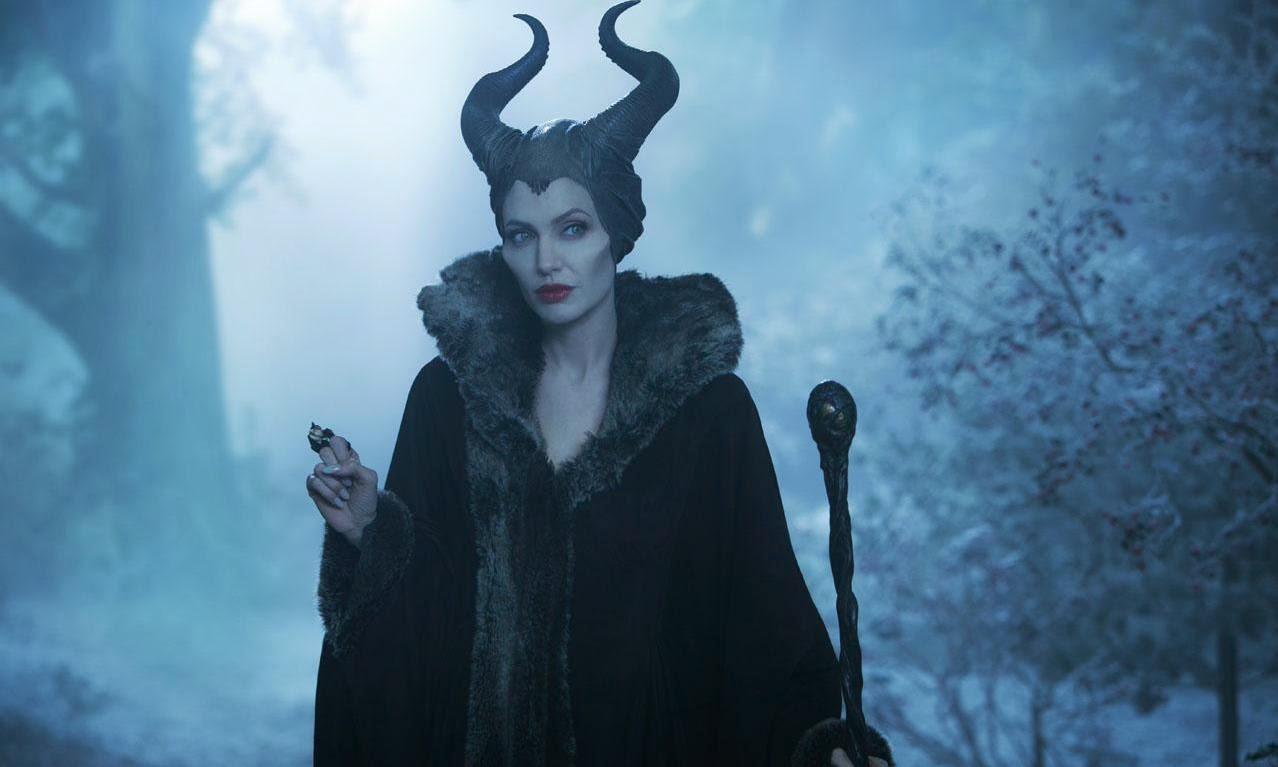 Cinemablographer: Jolie Reigns as Maleficent