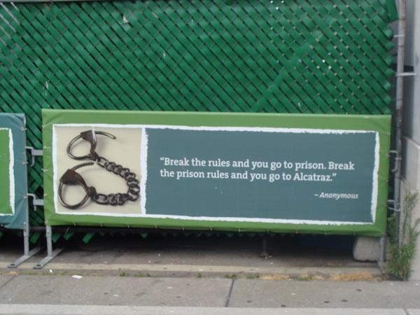 Warnhinweis für Gefangene auf Alcatraz, wenn sie die Regeln brechen...