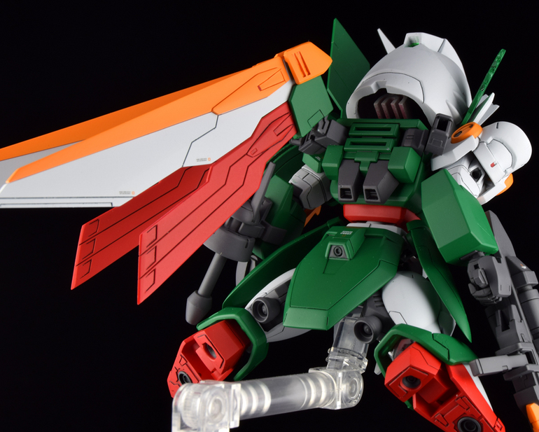 Custom Build: SD x HG Wing Gundam Fenice