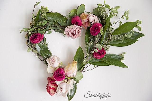 diy valentines day wreath fresh flowers