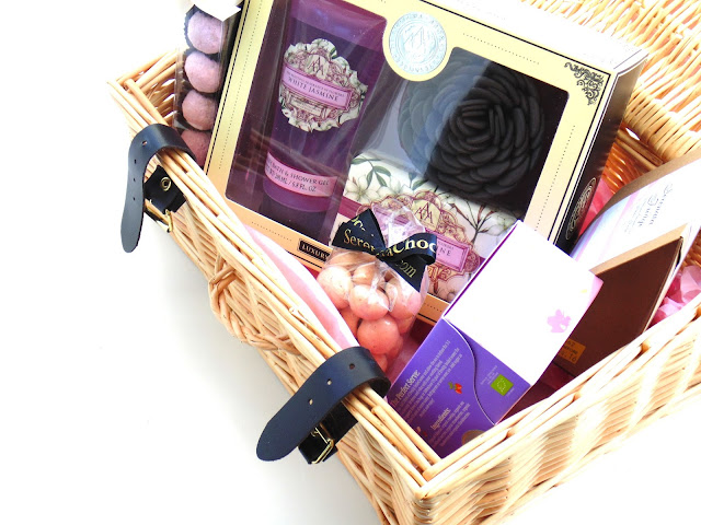 Serenta Flowers Pamper Hamper + Giveaway