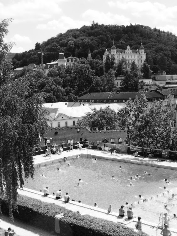 thermal, swimming pool, karlovy vary, kviff, mff kv, film festival