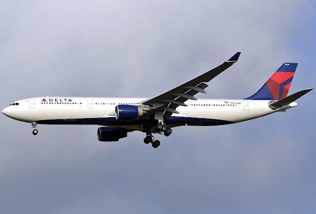 Delta Airlines Airbus A330-300 Approaching Landing