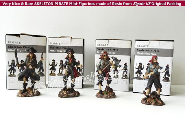 Very Nice and Rare SKELETON PIRATE Mini-Figurines made of Resin from Elgate UK Original Packing Box
