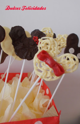 Piruletas de chocolate de Mickey Mouse