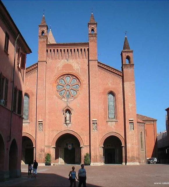 Catedral de Alba, cidade das visões