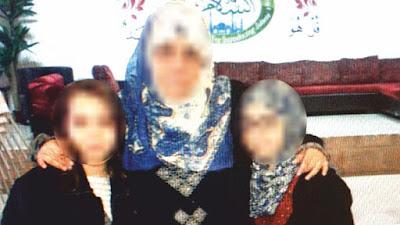 האם ושניים מילדיה הקטינים מתאקלמים בשטחים בלבוש איסלאמי