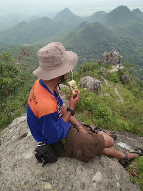 Anbusenja - Bukit Cumbri Ponorogo