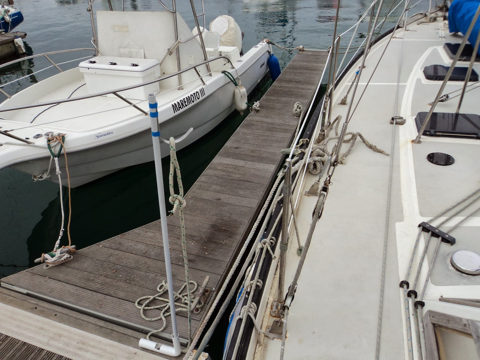 The Naked Boat and the Boatist: Docking Single Handed
