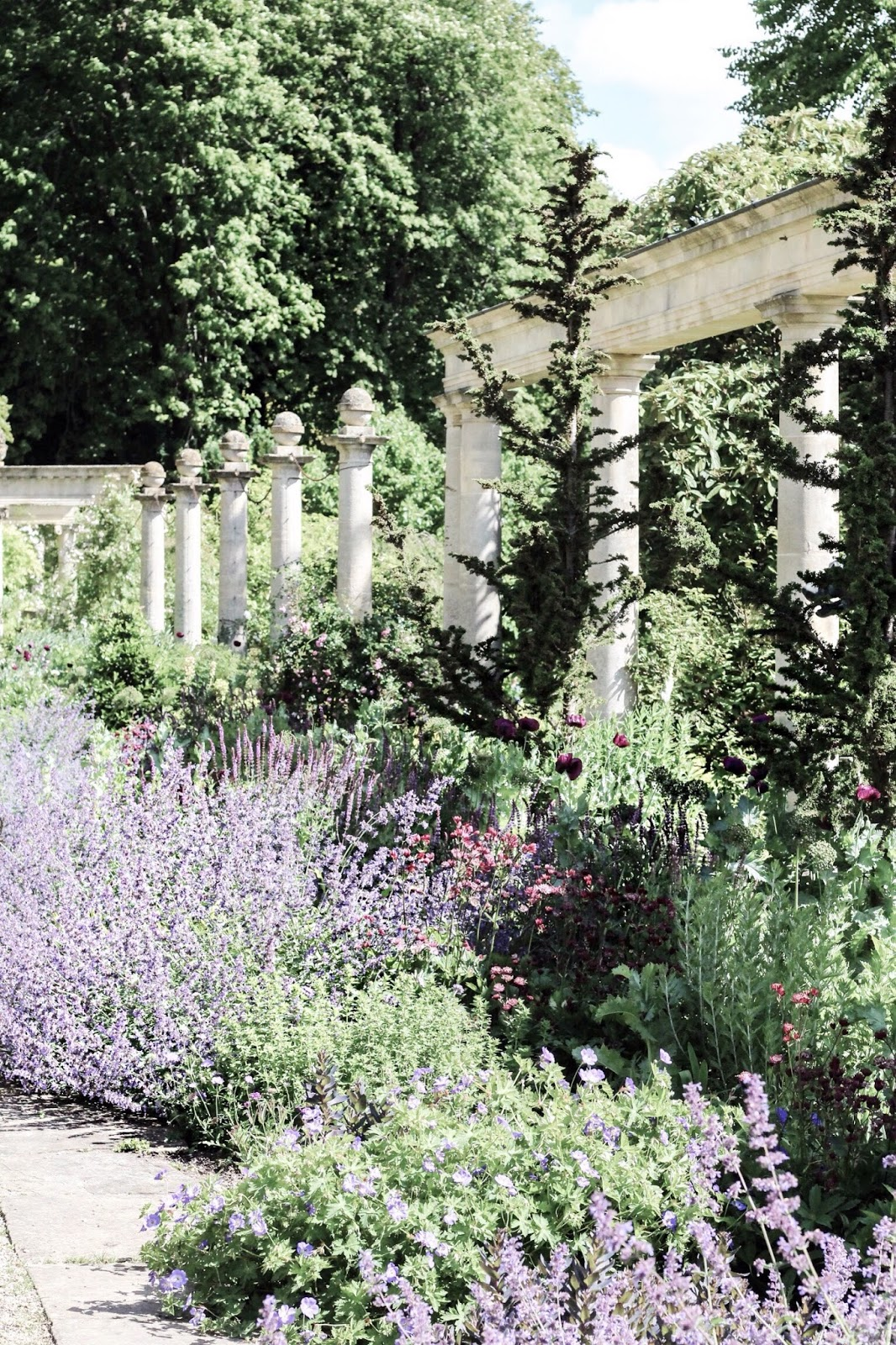 Iford manor gardens in the summertime