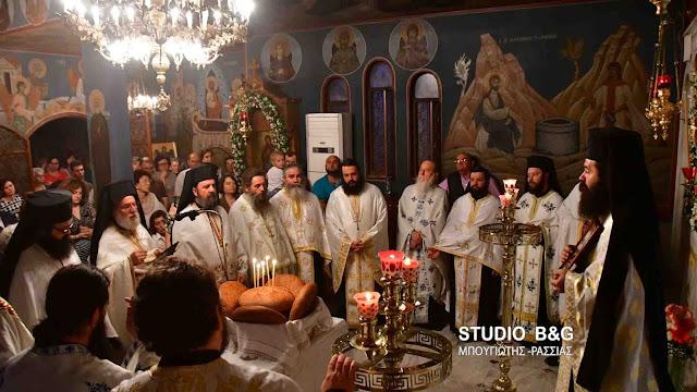 Γιόρτασαν την Αγία Φωτεινή στο Ναύπλιο (βίντεο)