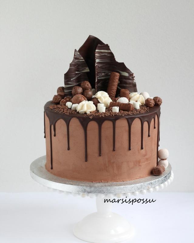 Synttäreiden suklaakakku