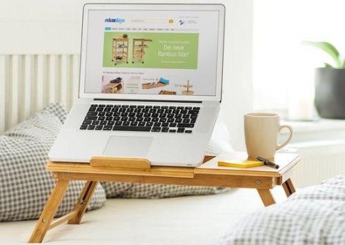 Wonderbaarlijk Laptoptafels. Ook voor gebruik bij bank en op bed   Wonen 2020 RT-04